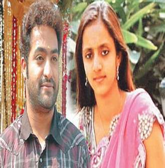 Download JR NTR Marriage Wallpapers 2011 | Watch JR NTR Marriage Decoration Videos