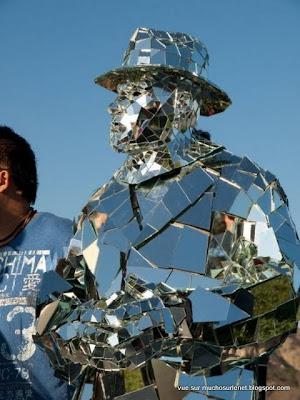 L'homme miroir, Mirror Man