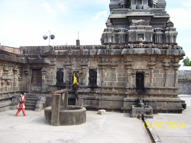 Theertha Pureeswarar (Aratturai Nathar) Temple - Tirunelvayil Arathurai