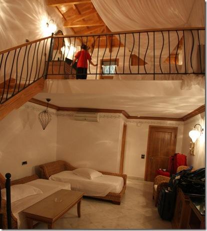 room_0761 Panorama (1145x1280)
