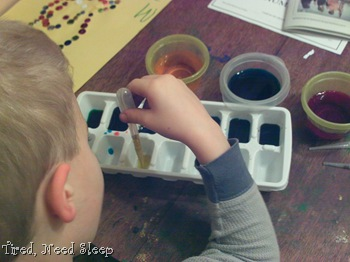 coloring ice cubes