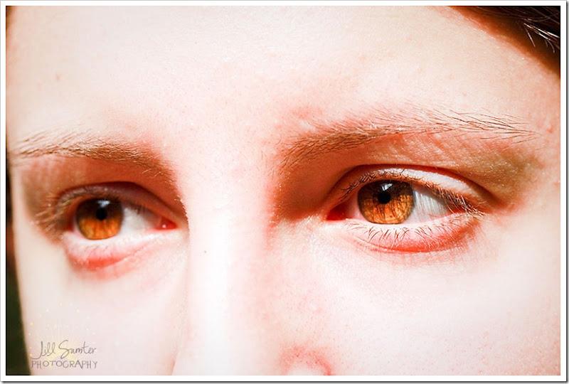 l-g-a-eyes-3489