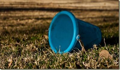 empty-bucket-800x454