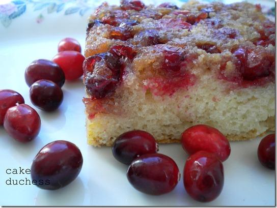 upsidedowncranberrycake1