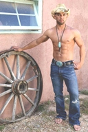 Lucky - Hot Muscle Guy Gallery 2