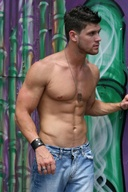 Sexy Hot Hunks in Jeans - Pictures Gallery 5