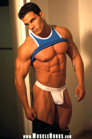 Muscle Hunk from MuscleHunks.com Enzo Pileri