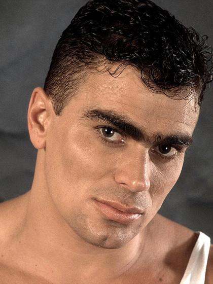 Big Muscle Hunk Bruno Lama