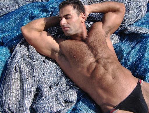 http://lh4.ggpht.com/_-nWdh2UiV6c/Smry_RAInRI/AAAAAAAAdj8/0HDsSyfE0wQ/Sexy-Hot-Muscle-Men-Armpits-017.JPG