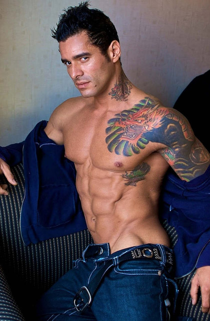 Sexy Muscle Men Pictures Gallery 17 - Tattoo Guys