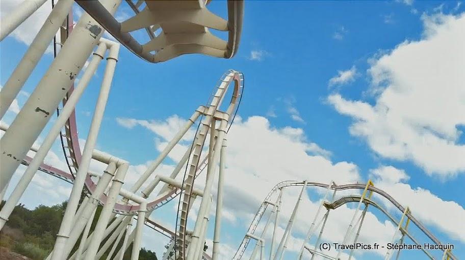 [Walygator] Nouveauté 2010 : The Monster, Inverted B&M Monster_inverted_coaster_Walygator46