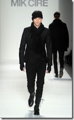 Mik Cire Runway Photos Fall 2011 18