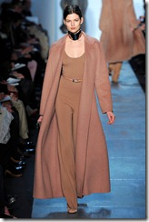 Michael Kors Fall 2011 Ready-To-Wear Runway Photos 17