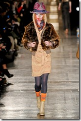 Vivienne Westwood Red Label Fall 2011 RTW Runway Photos 15