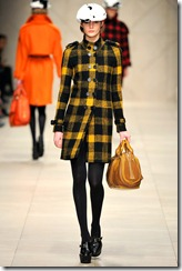 Burberry Prorsum Fall 2011 Ready-To-Wear Runway Photos 12