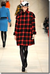 Burberry Prorsum Fall 2011 Ready-To-Wear Runway Photos 13