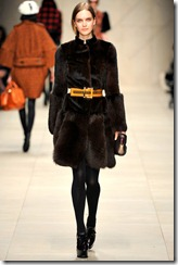 Burberry Prorsum Fall 2011 Ready-To-Wear Runway Photos 21