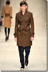 Burberry Prorsum Fall 2011 Ready-To-Wear Runway Photos 30