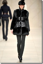 Burberry Prorsum Fall 2011 Ready-To-Wear Runway Photos 39
