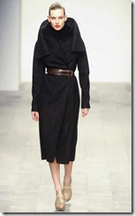 Amanda-Wakeley-Fall-2011-RTW-1