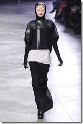 Rick Owens RTW Fall 2011 Runway Photos 27