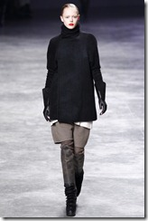 Rick Owens RTW Fall 2011 Runway Photos 14