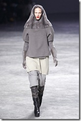 Rick Owens RTW Fall 2011 Runway Photos 18