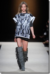 Isabel Marant Ready-To-Wear Fall 2011 Runway Photos 23