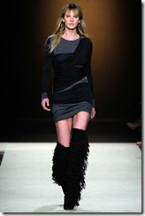 Isabel Marant Ready-To-Wear Fall 2011 Runway Photos 25