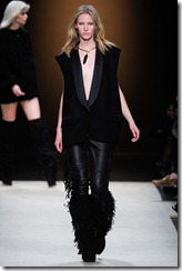 Isabel Marant Ready-To-Wear Fall 2011 Runway Photos 37