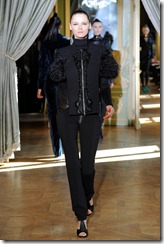 Emanuel Ungaro RTW Fall 2011 Runway Photos 11