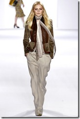 Chloé Ready-To-Wear Fall 2011 Runway Photos 13