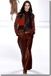 Chloé Ready-To-Wear Fall 2011 Runway Photos 17