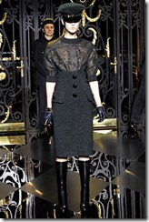 Louis Vuitton Ready-To-Wear Fall 2011 24