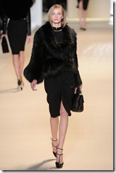 Elie Saab Ready-To-Wear Fall 2011 Runway Photo 3