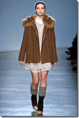 Vanessa Bruno Ready-To-Wear Fall 2011 Runway Photo 26
