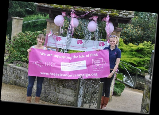 Lauren Baskett (left) & Hannah Shaw from Breast Cancer Campaign (resized)
