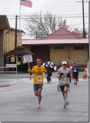 Davey B Runs the Modesto Marathon 074