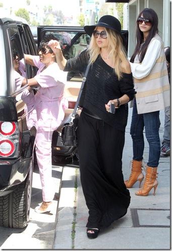 Rachel Zoe Out Shopping Alexander McQueen XEMiw1AYch6l