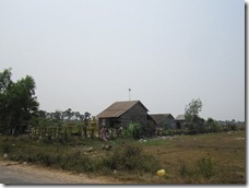 Some traditional houses on the way to the landmine museum