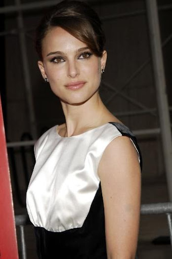 Natalie Portman Skinny For Black Swan. Black Swan = epic thinspo