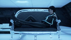 itunes-trailers-gallery-olivia_wilde_in_tron_legacy_jpg_9-28-2010