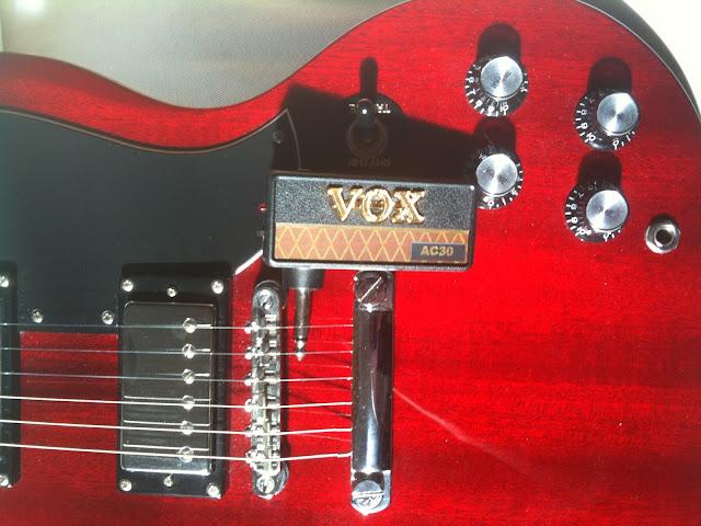Vox AC30 amPlug near bridge