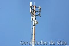 Antena de transmissão e recepção de sinal