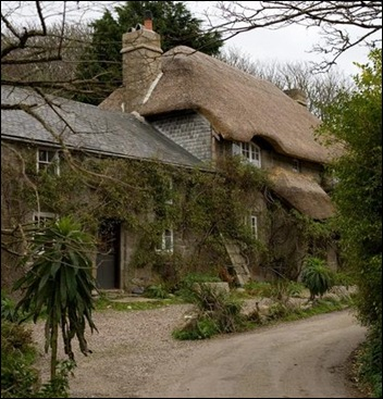 penberth_thatched_cottage
