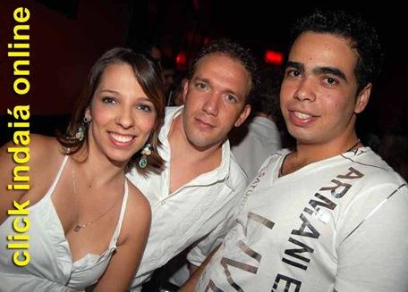 Ana Carolina, Daniel Salla e Alisson na White Party (Crédito: Fábio Alexandre)