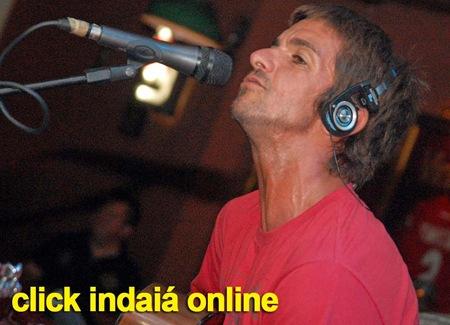 Armandinho em seu pocket show (Crédito: Fábio Alexandre)
