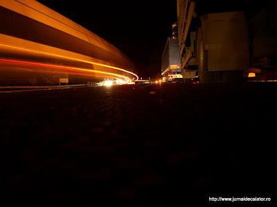 Trafic noaptea pe Dealul Negru
