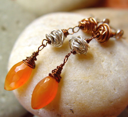 Tangerina carnelian gemstone and wire earrings