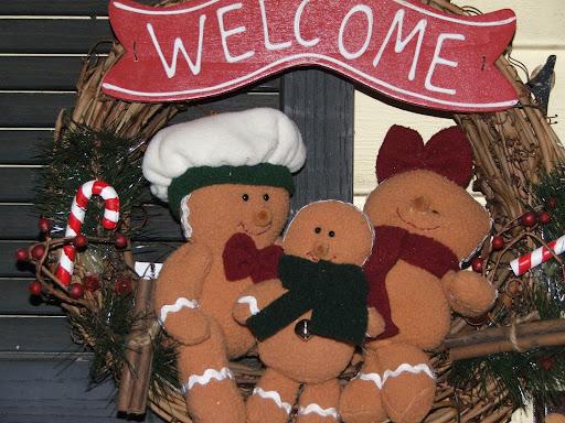 http://lh4.ggpht.com/_15is8Hy1BfA/R3MKJ__Z2NI/AAAAAAAAAyk/bn7kKFo3jBk/Christmas+07+080.jpg